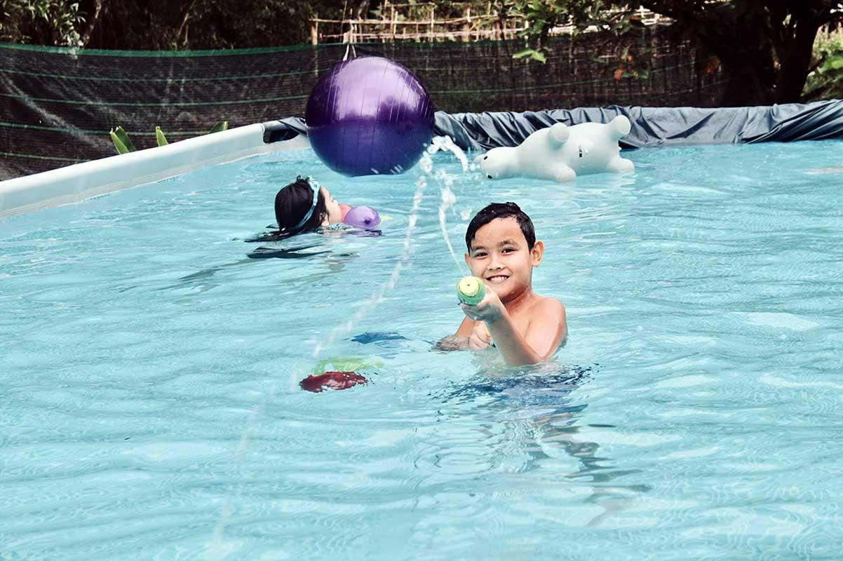 Kids fun in pool